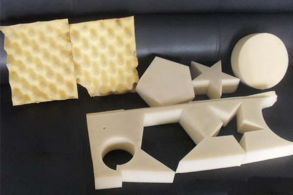 海绵仿形切割机样品展示